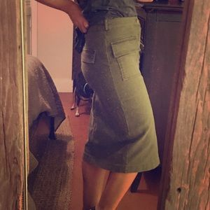 NWT army green skirt with pockets